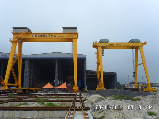 cổng trục 150 tấn