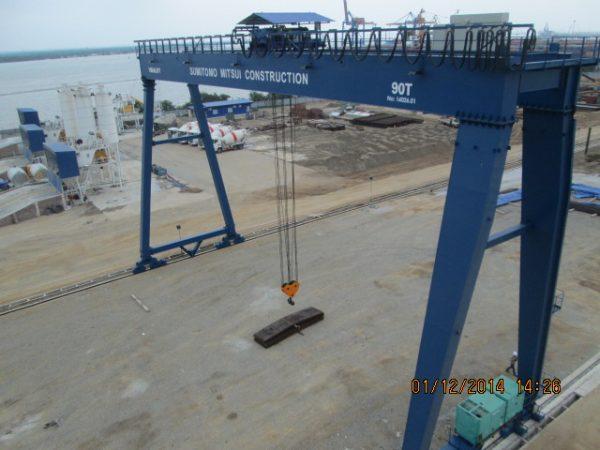 cổng trục 90 tấn