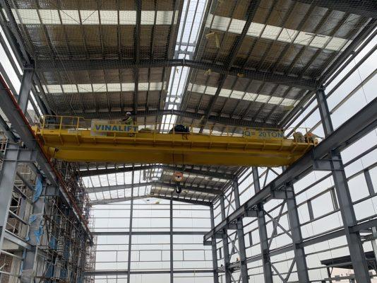 cầu trục dầm đôi 20 tấn