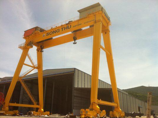 Cổng trục dầm đôi 150 tấn